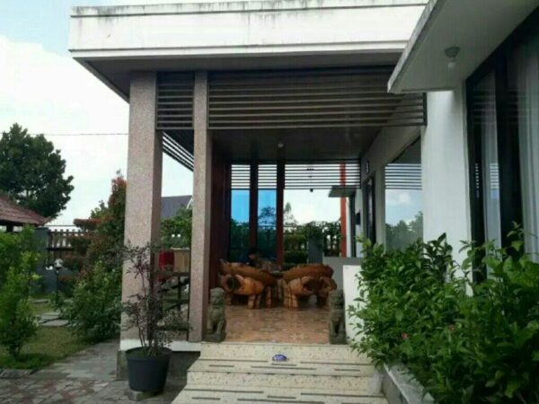 Villa Elite Kawasan Metro Kota Batu View Pegunungan Partly Furnished